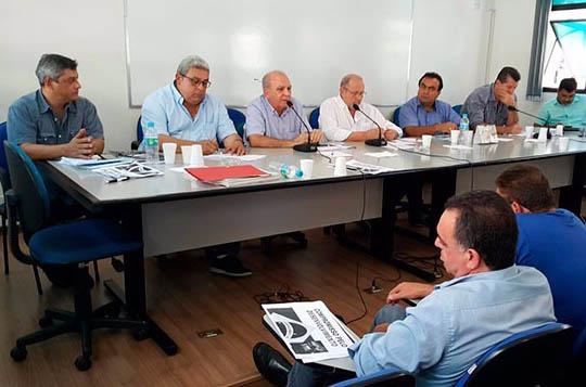 24565y CNTM e Federação dos Metalúrgicos de SP debatem Compromisso pelo Desenvolvimento