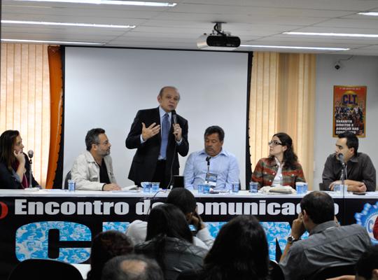 3encontrocomunica01 Assessores de Imprensa e dirigentes debatem práticas e materiais de comunicação sindical