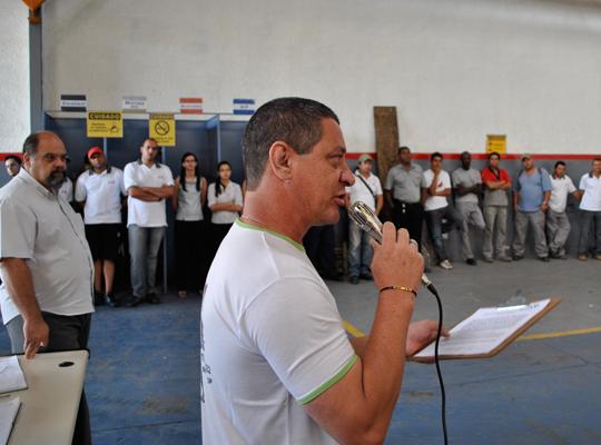 ACHRCo2out201201  Trabalhadores da RCO aprovam Banco de Horas