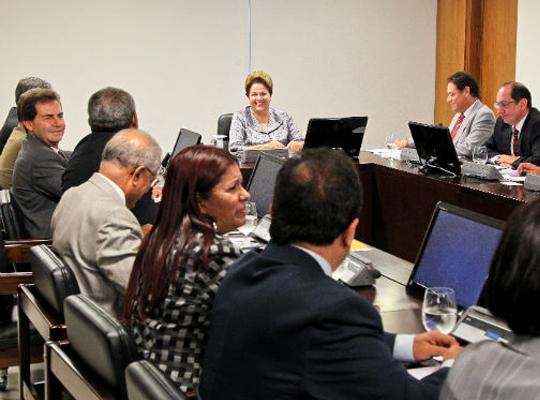 IRsobrePLR Fim do Imposto de Renda sobre PLR avança no Congresso
