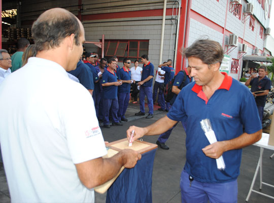 PLR201404 Sindicato avança nas negociações de PLR