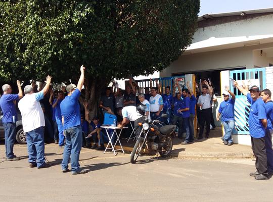 asschiaperini001 Assembleia aprova proposta de PLR na Chiaperini e Campanha Salarial/2015