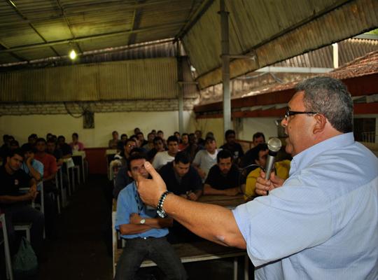asscopromem17maio201300 Empregados da Copromem rejeitam proposta de PLR