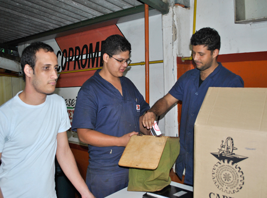 assembcopromem12jun201202 Empregados rejeitam proposta de PLR da Copromem