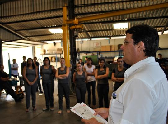 assembgermek2abr201201 Trabalhadores da Germek aprovam acordo de PLR