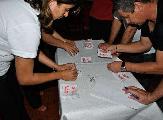 asslumatecago201302 Empregados aprovam negociação de PLR na Lumatec