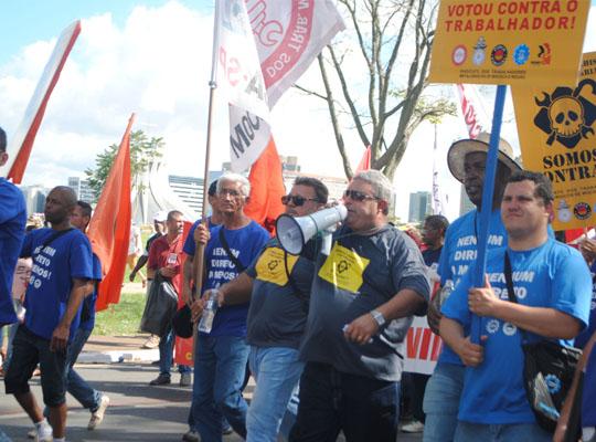 bra004 Metalúrgicos de Mococa presentes na Marcha de Brasília Contra as Reformas Trabalhista e Previdenciária e por Eleições Diretas Já! Fora Temer!!!