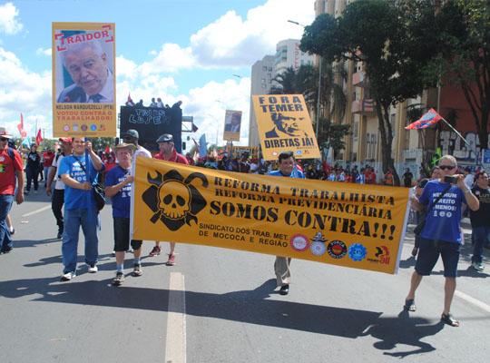 bra006 Metalúrgicos de Mococa presentes na Marcha de Brasília Contra as Reformas Trabalhista e Previdenciária e por Eleições Diretas Já! Fora Temer!!!