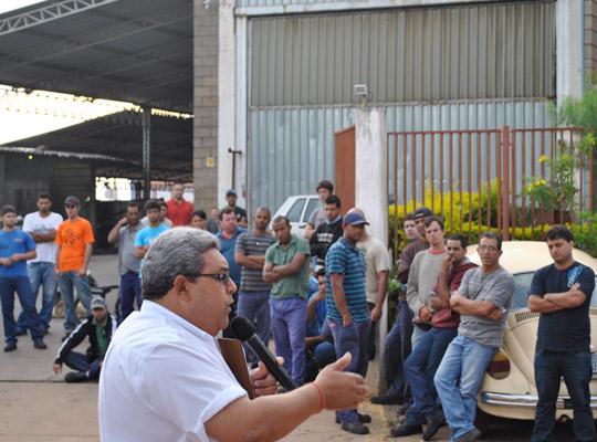 campsal2012000 Campanha Salarial 2012: Trabalhadores aprovam em assembleias contra proposta dos sindicatos patronais