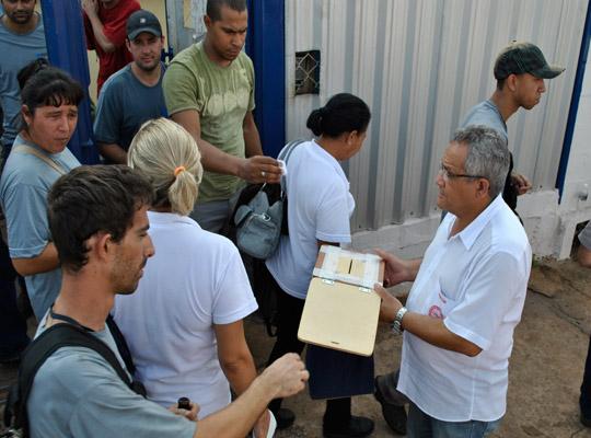 campsal2012010 Campanha Salarial 2012: Trabalhadores aprovam em assembleias contra proposta dos sindicatos patronais