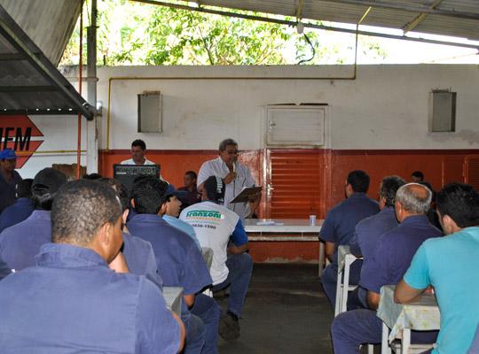 campsal2012017 Campanha Salarial 2012: Trabalhadores aprovam em assembleias contra proposta dos sindicatos patronais