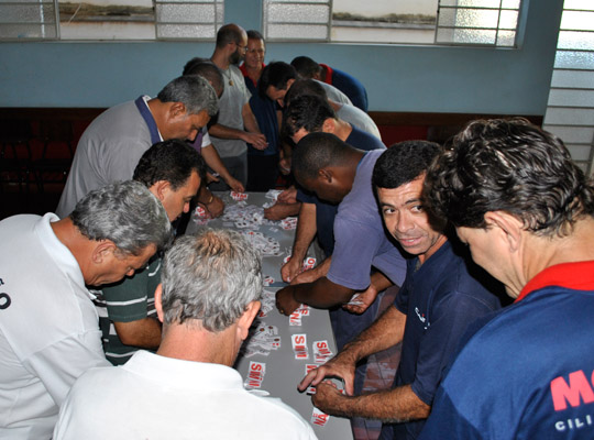 campsal2012020 Campanha Salarial 2012: Trabalhadores aprovam em assembleias contra proposta dos sindicatos patronais