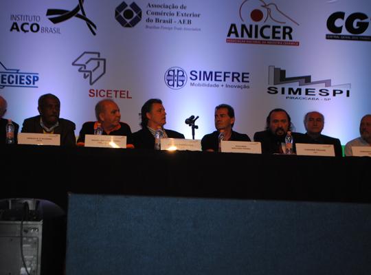 coalizao03 Metalúrgicos de Mococa participam de movimento em São Paulo pela recuperação da indústria nacional