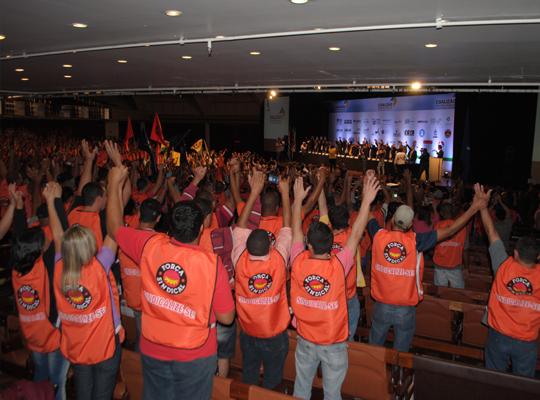 coalizao04 Metalúrgicos de Mococa participam de movimento em São Paulo pela recuperação da indústria nacional