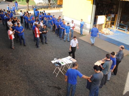 cuiap001 Sindicato realiza Assembleia de PLR e Acordo de Horário de Trabalho na Chiaperini   Santa Rosa de Viterbo