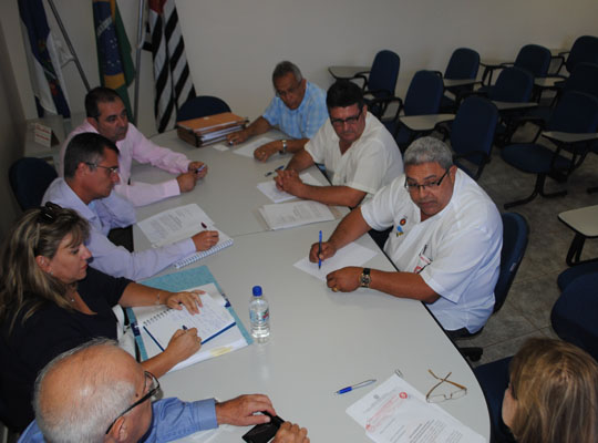 del0112 Greve na Delphi: Fracassam negociações no Ministério do Trabalho