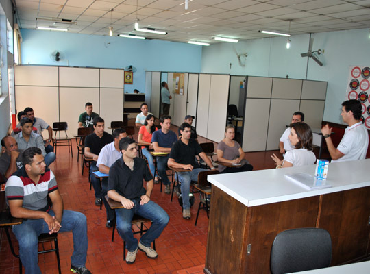 delphiprocsel4dez201201 Delphi inicia processo seletivo em Mococa