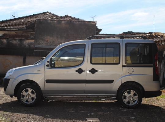 doblovenda01 Vende se Fiat Doblô 2011/2012