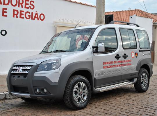 fiatdobloxingu001 Sindicato retira Doblô Xingu doada pela Federação dos Metalúrgicos
