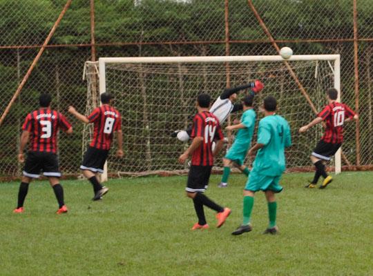 fut7rod501 Nutrimental garante liderança do grupo A do XIV Campeonato de Futebol Society