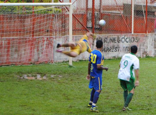 futfinal02 Usina Ipiranga é bicampeã do XV Campeonato de Futebol Society dos Metalúrgicos