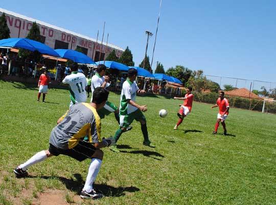 futquartas02 01 Fut Society: Definidas equipes das semifinais