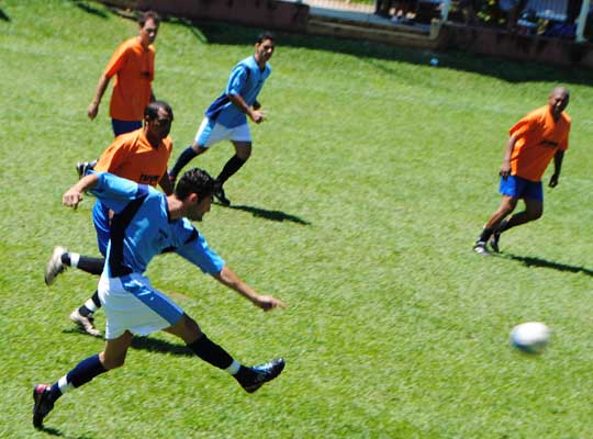 futquartas03 01 Fut Society: Definidas equipes das semifinais