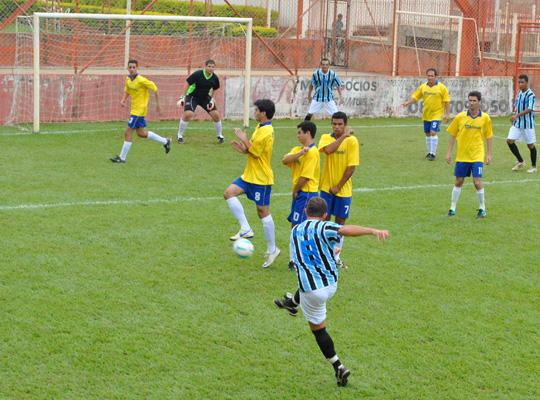 futrod0100 Futebol Society : Campeonato estréia com goleadas
