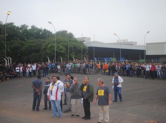 greve001 Ato de Greve Geral mobiliza metalúrgicos em Mococa