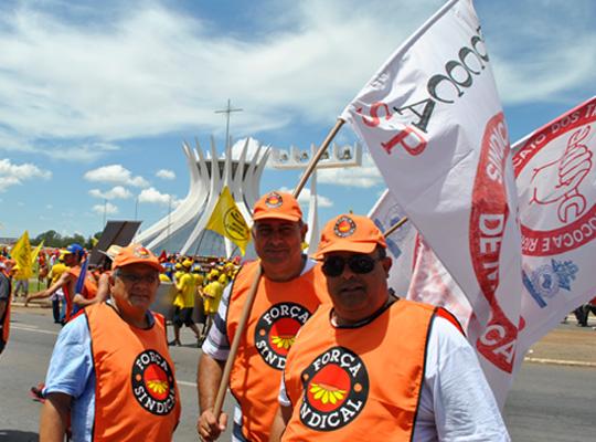 marchacentrais02 7º Marcha das Centrais – Metalúrgicos de Mococa presentes em Brasília DF