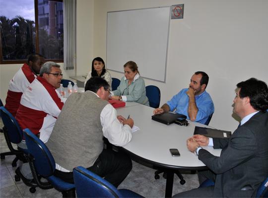 mesacopromem29mai201300 Mesa Redonda de Negociações por melhorias na PLR da Copromem