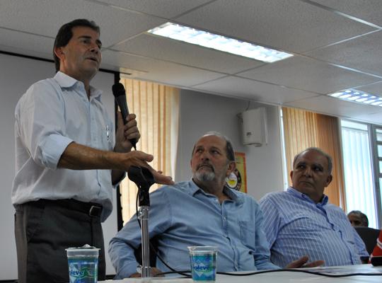 reuniaofora001 Metalúrgicos de Mococa e Força Sindical juntos contra a desindustrialização