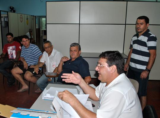 sorteiofut201201 Sorteio define grupos do XIII Campeonato de Futebol Society dos metalúrgicos de Mococa e região